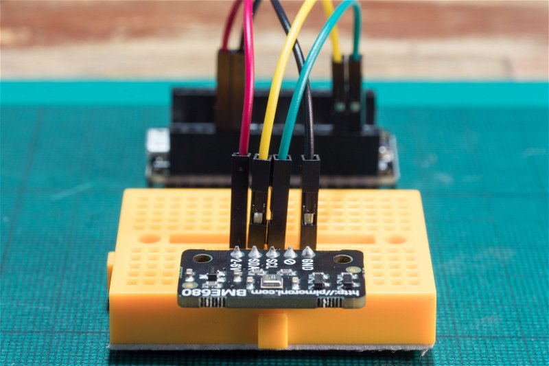 BME680 in breadboard, connected to Arduino